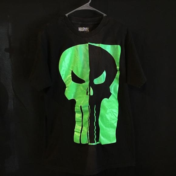 ec67ff5aa Marvel Comics The Punisher Mens T-Shirt Black Glow